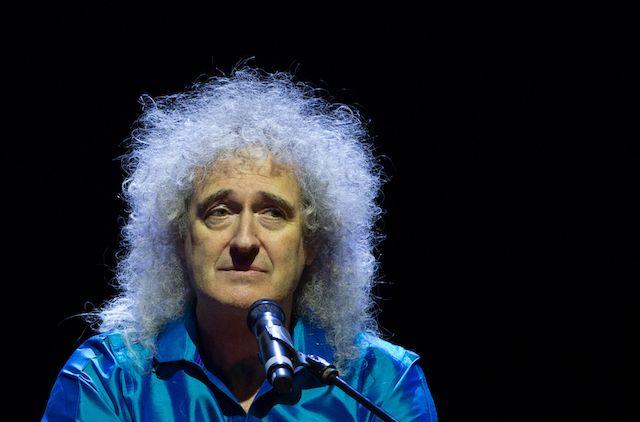 Гитарист Queen Мэй рассказал, что чуть не умер от сердечного приступа