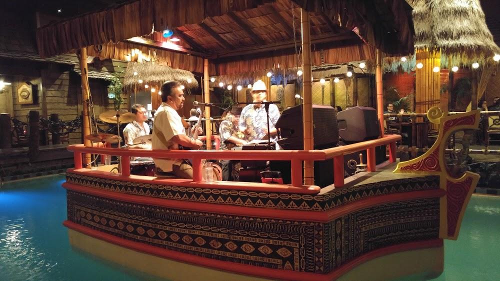 Reasons to eat out in San Francisco - Tonga Room & Hurricane Bar