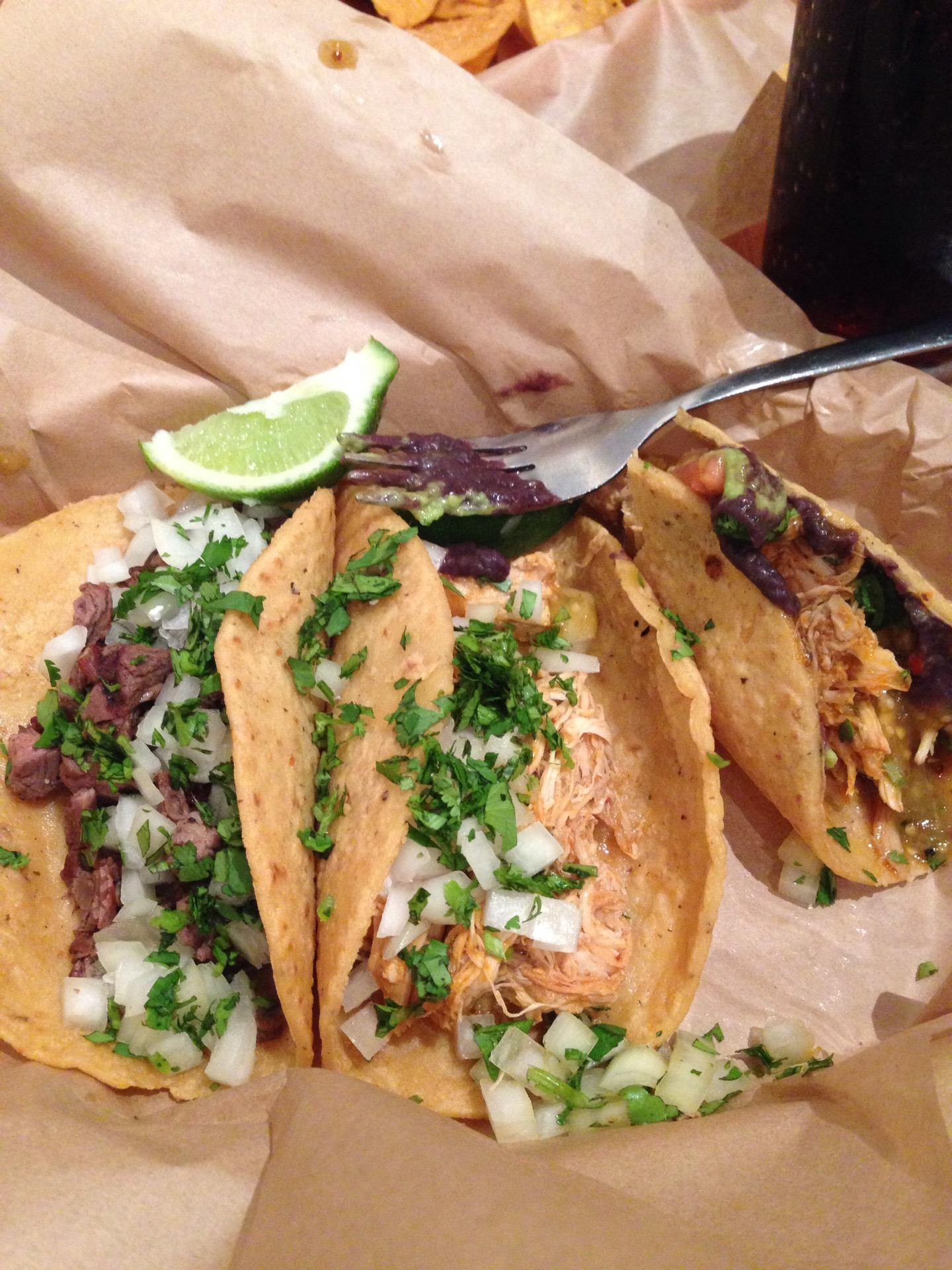 Reasons to eat out in San Francisco - Uno Dos Tacos