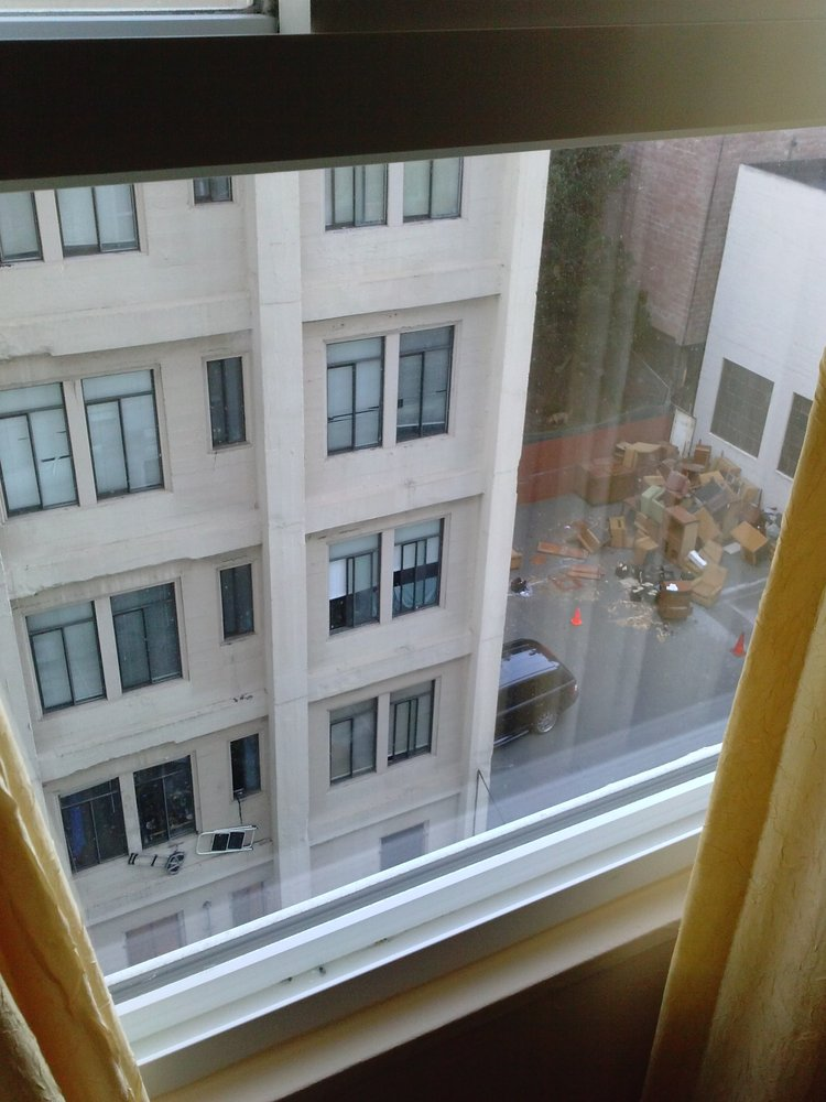 Reasons to stay in San Francisco - The Embassy Hotel