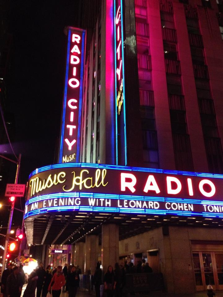 Reasons to visit New York - Radio City Music Hall