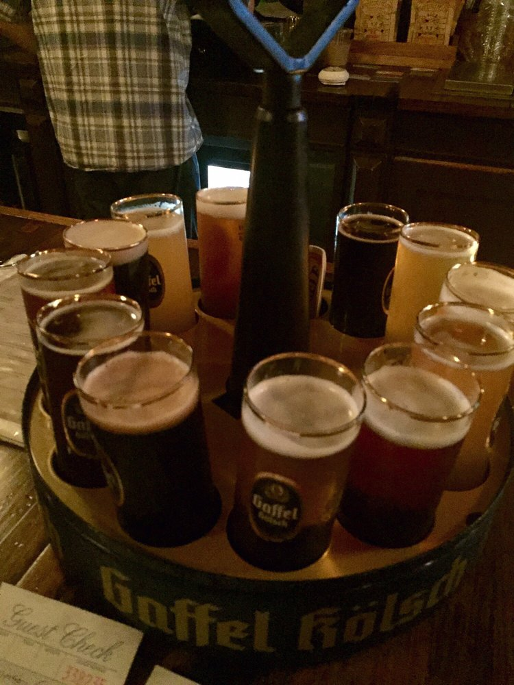 Reasons to eat out in Greenwich Village - Arts and Crafts Beer Parlor