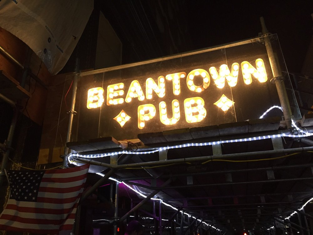 Reasons to drink in Boston - Beantown Pub