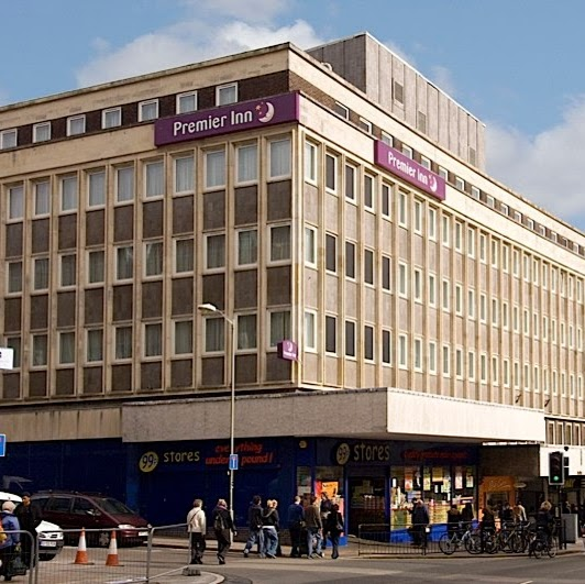 Reasons to eat out in Brighton - Premier Inn Brighton City Centre Hotel