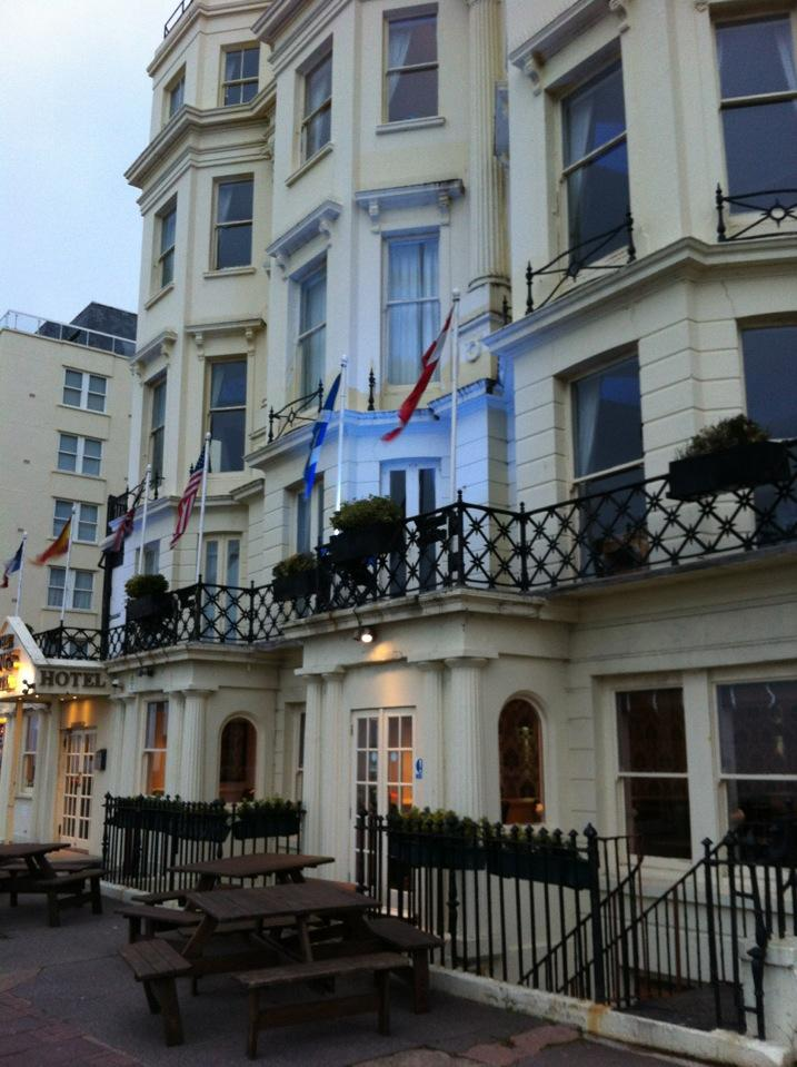 Reasons to stay in Brighton - Kings Hotel