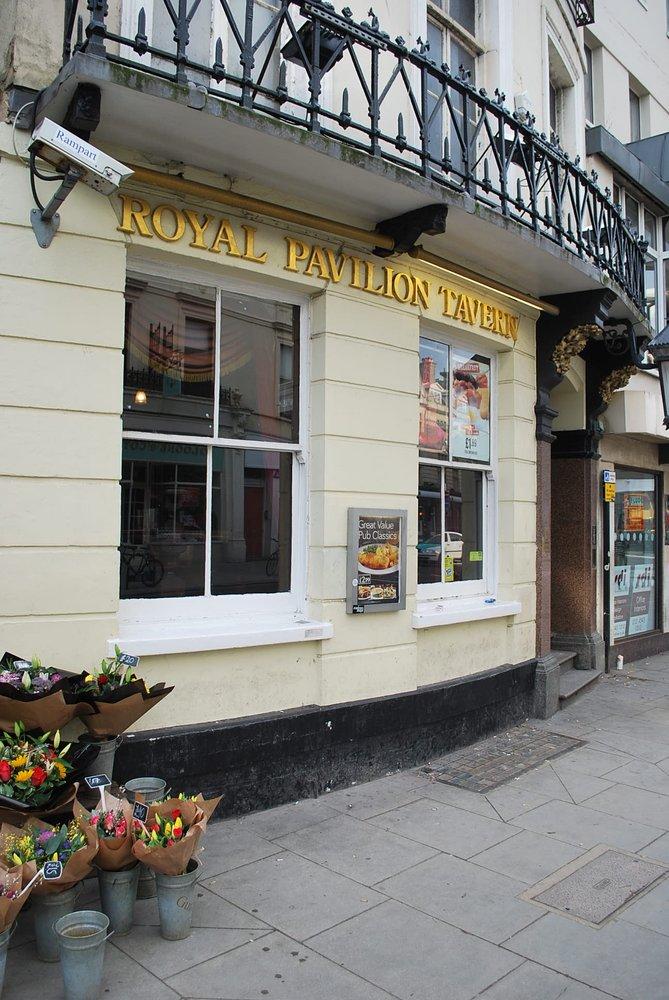 Reasons to visit Brighton - Royal Pavilion Tavern