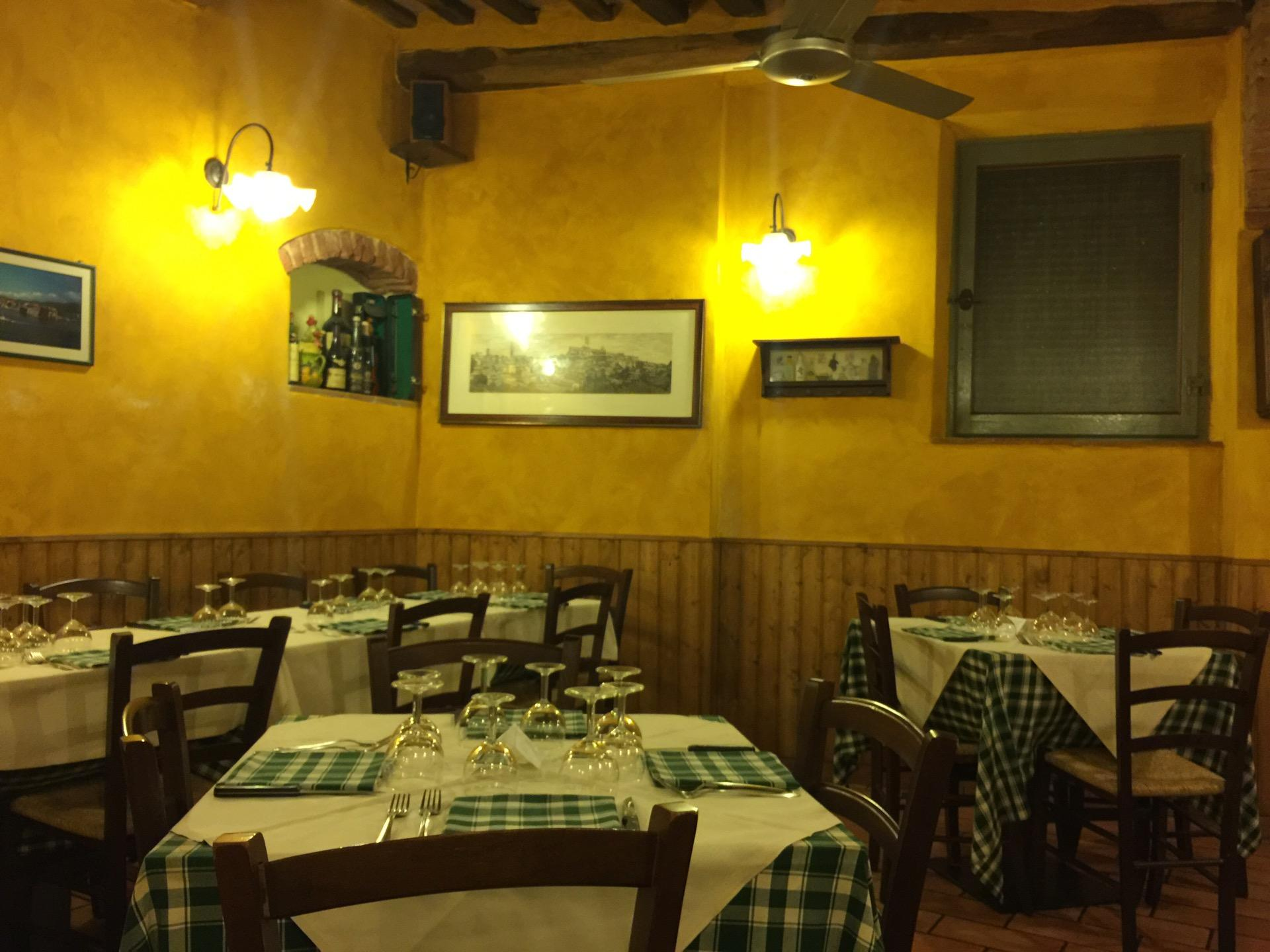 Reasons to eat out in Siena - Osteria Nonna Gina