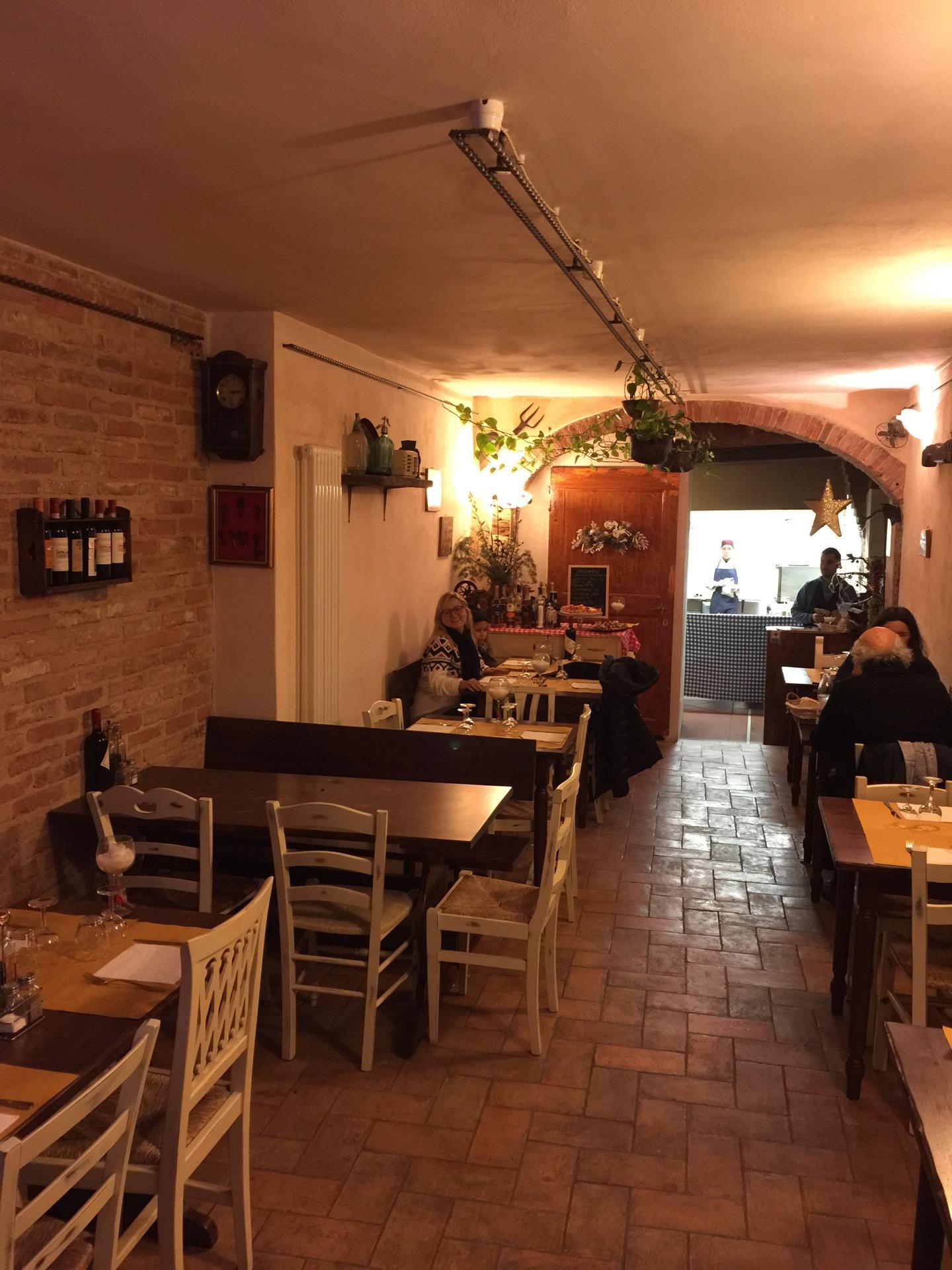 Reasons to eat out in Siena - antica trattoria stalloreggi