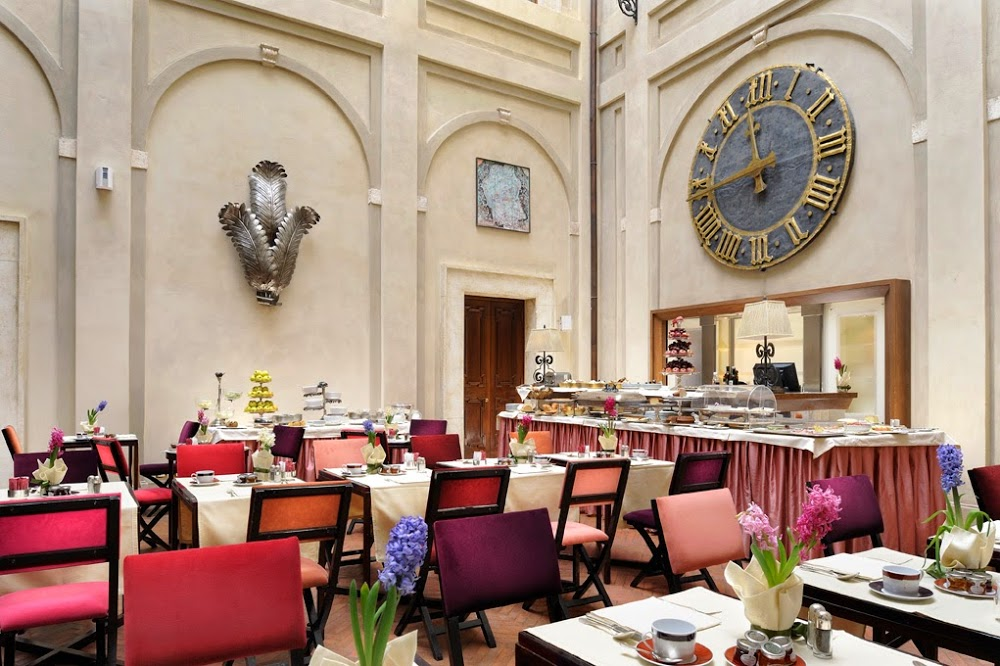 Reasons to eat out in Siena - Grand Hotel Continental