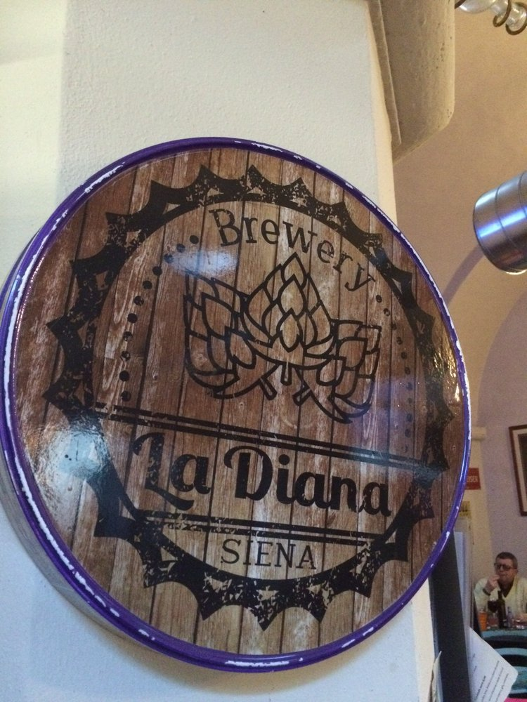 Reasons to eat out in Siena - La Diana