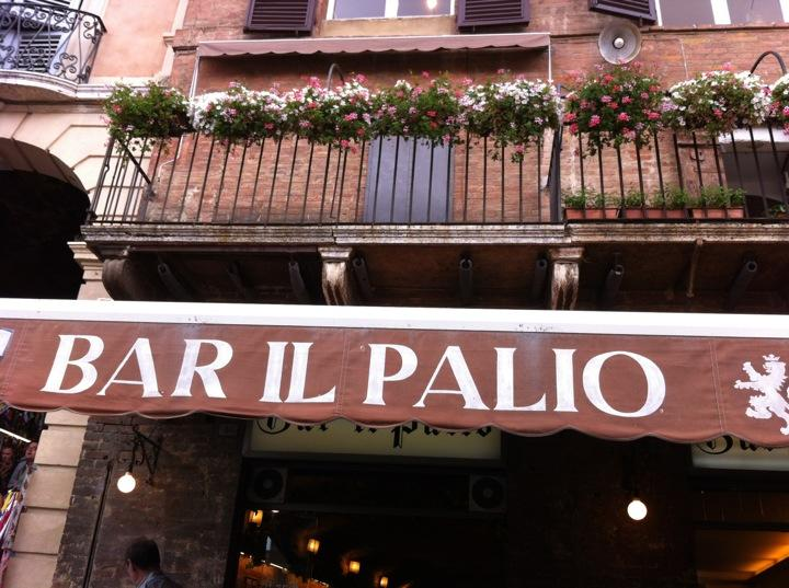 Reasons to eat out in Siena - Bar il Palio