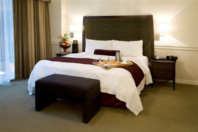 Reasons to stay in Edmonton, Canada - Delta Edmonton Centre Suite Hotel