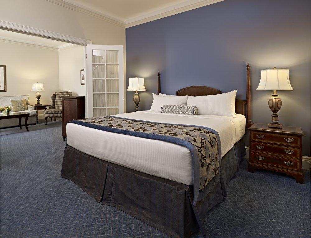 Reasons to stay in Edmonton, Canada - Fairmont Hotel Macdonald
