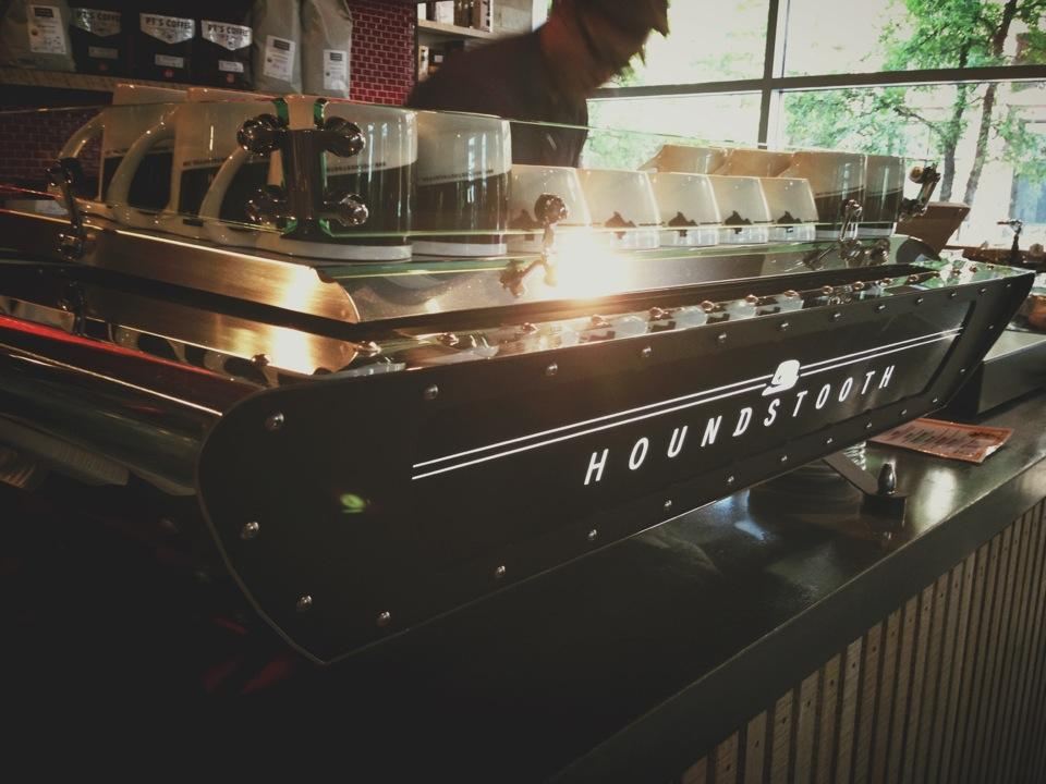 Reasons to drink in Austin - Houndstooth Coffee