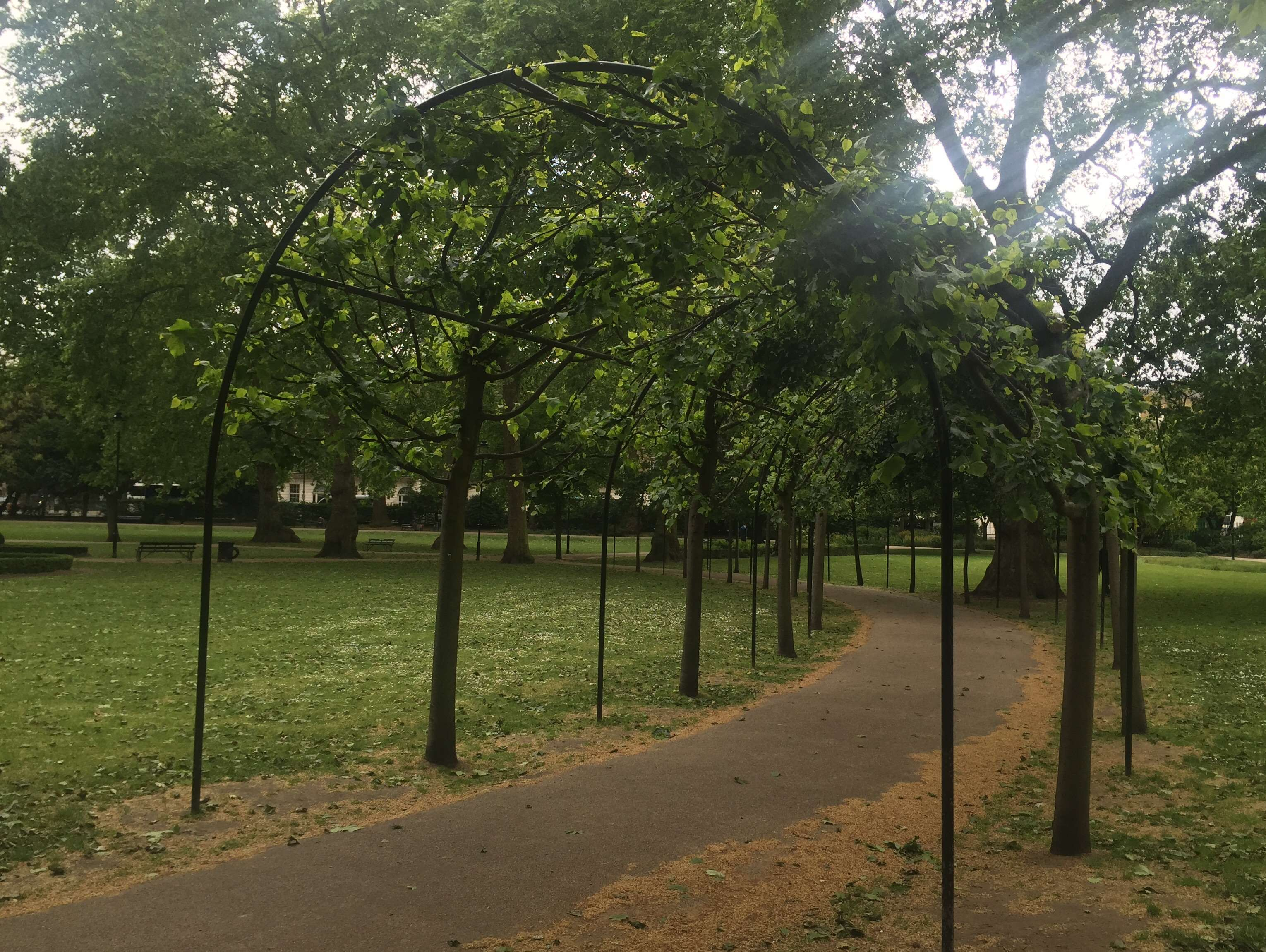 Reasons to live it large in London, England. - Hidden Parks