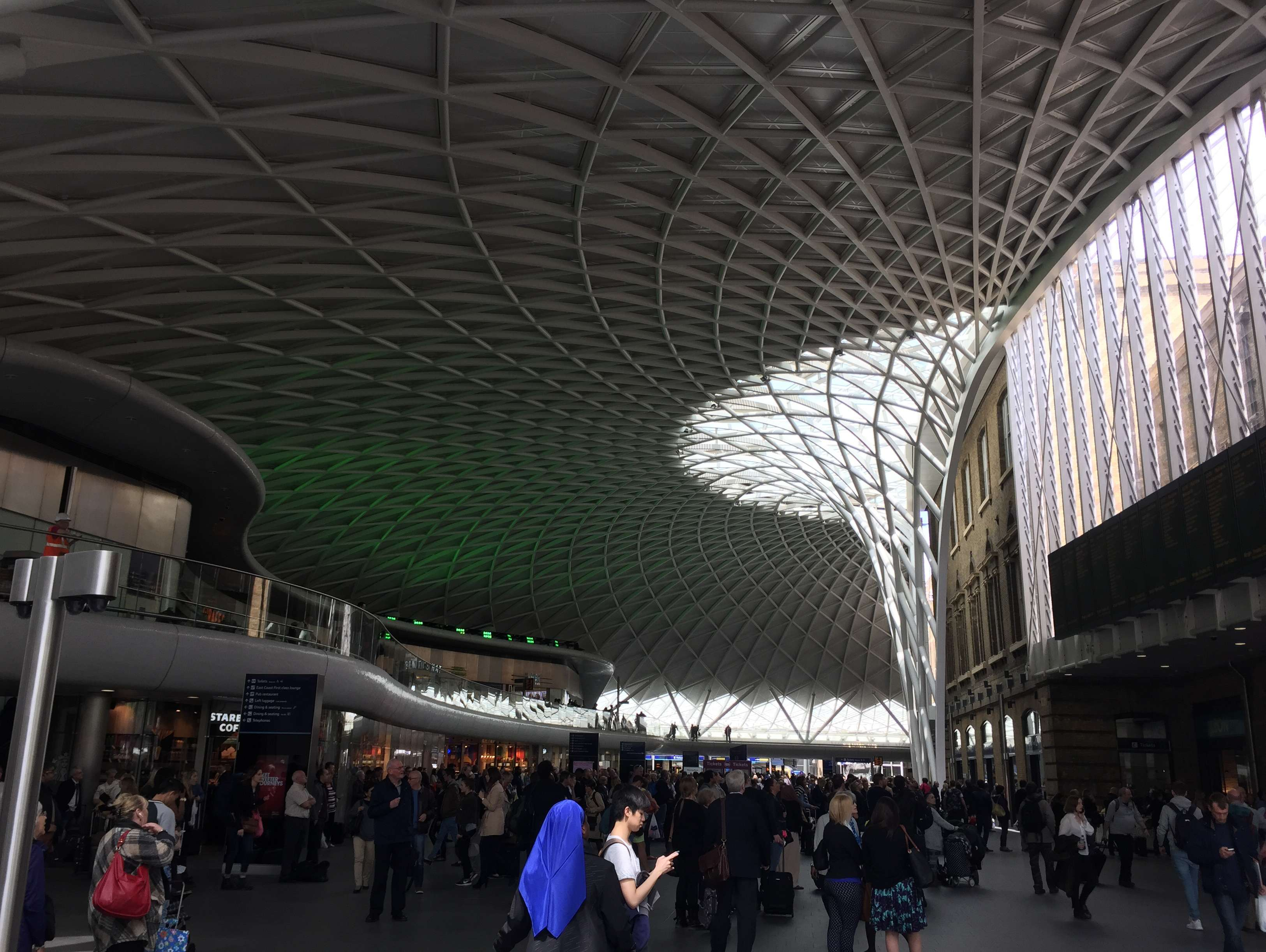 Reasons to live it large in London, England. - Kings Cross Station