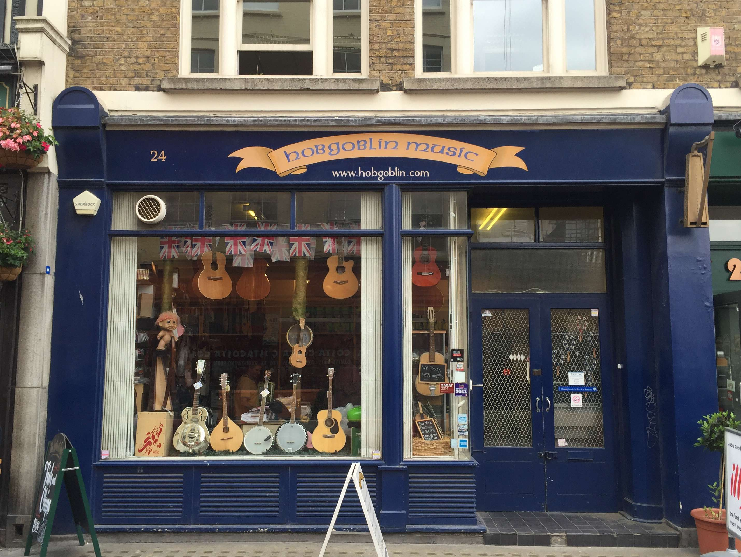 Reasons to live it large in London, England. - A shop for everything