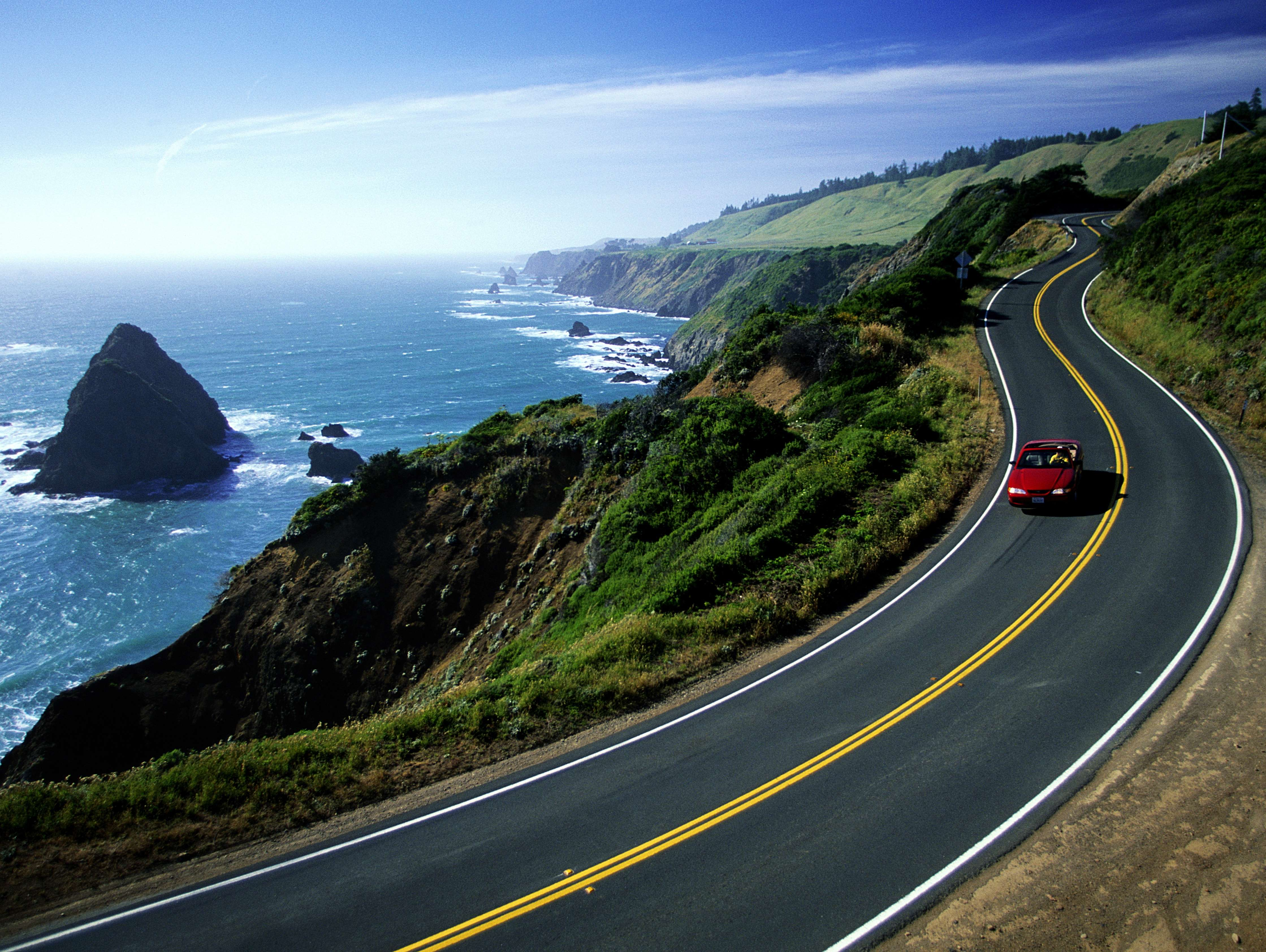 Reasons you should drive the Pacific Coast highway