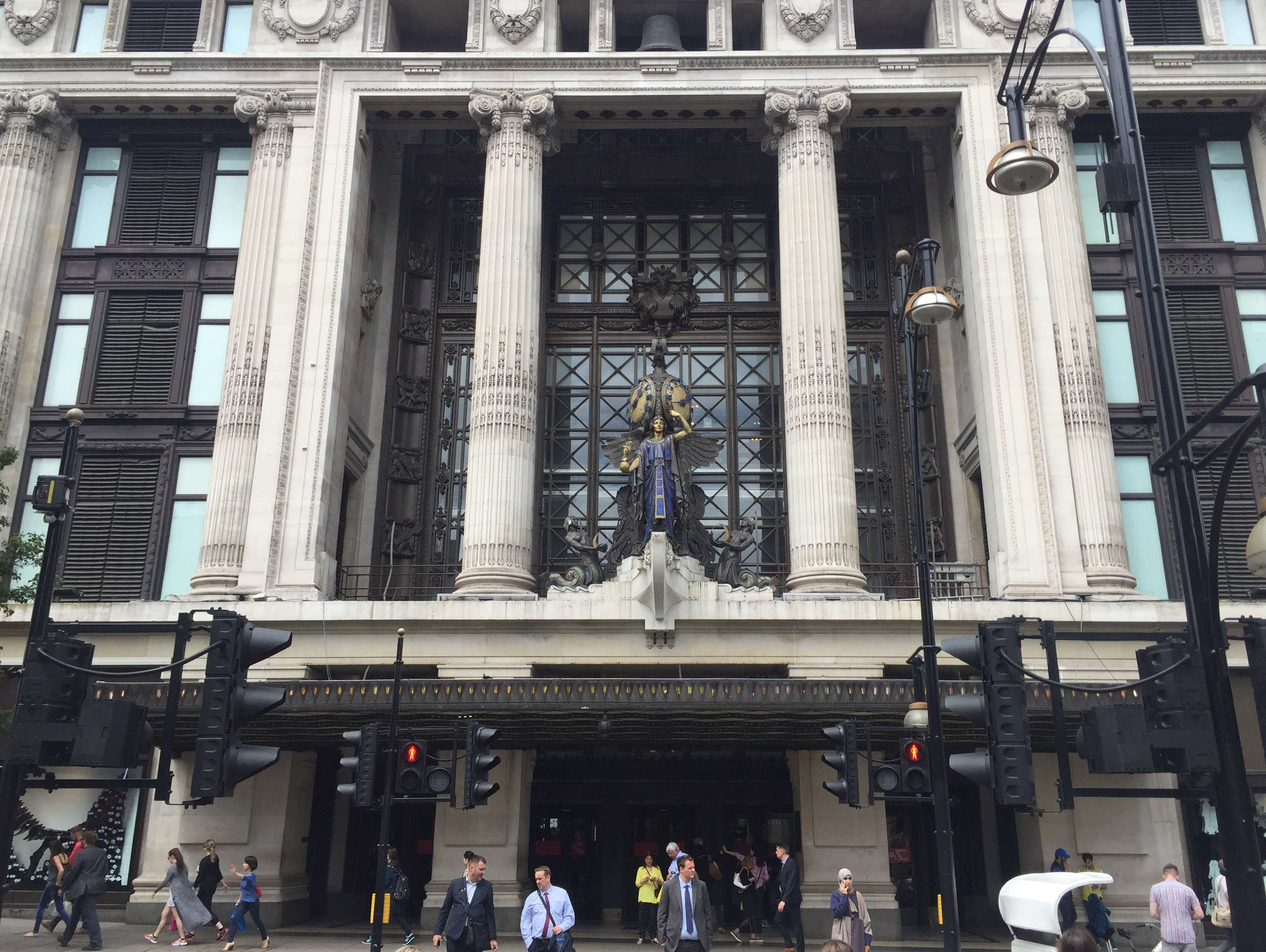 Reasons to live it large in London, England. - Selfridges
