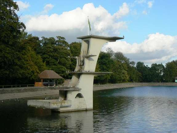 Reasons to wend your way in Wiltshire, England - Coate Water Park