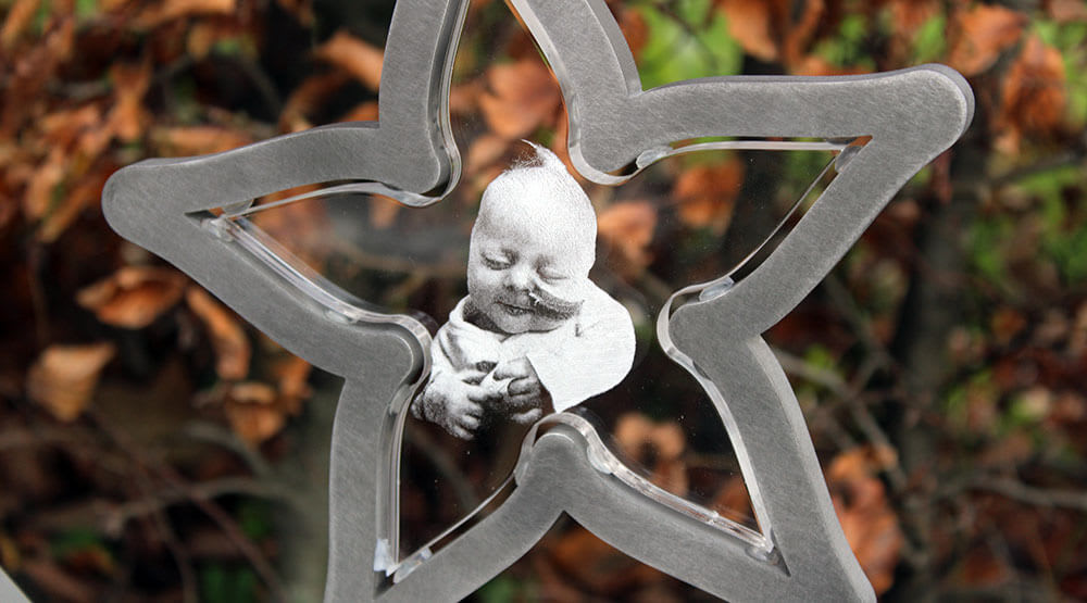 gedenksteentje babygraf