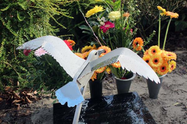 gedenkteken urnengraf