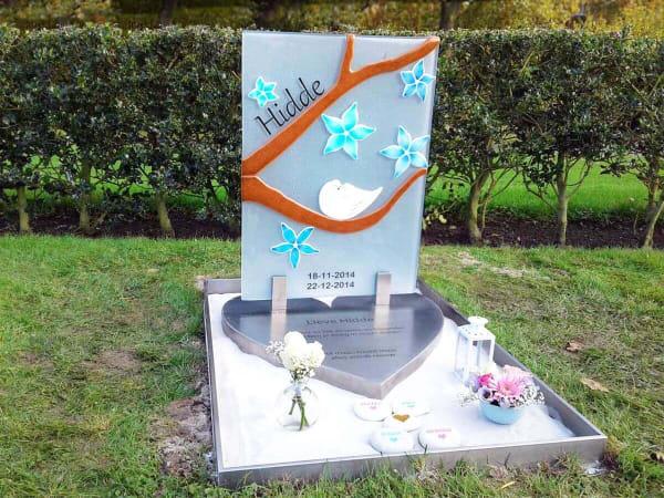 grafsteen baby Hidde