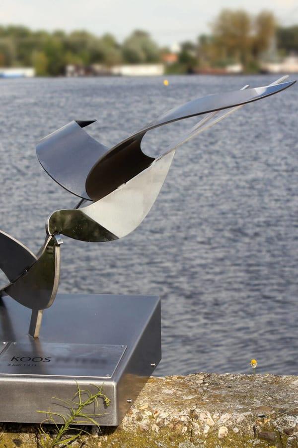 grafkunst met vogels van RVS
