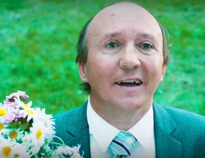 «Саша заразился СПИДом»: режиссер Эркенов назвал истинную причину смерти актера Числова