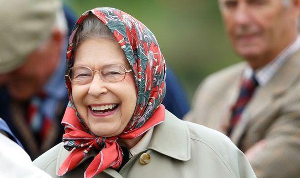 Ошибка: в официальном послании Букингемского дворца прикрепили ссылку на сайт для взрослых