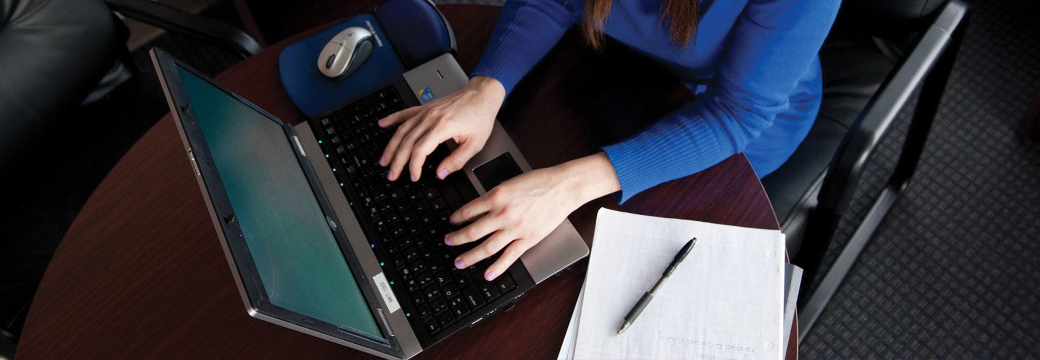 CCU College of Adult and Graduate Studies student working online.