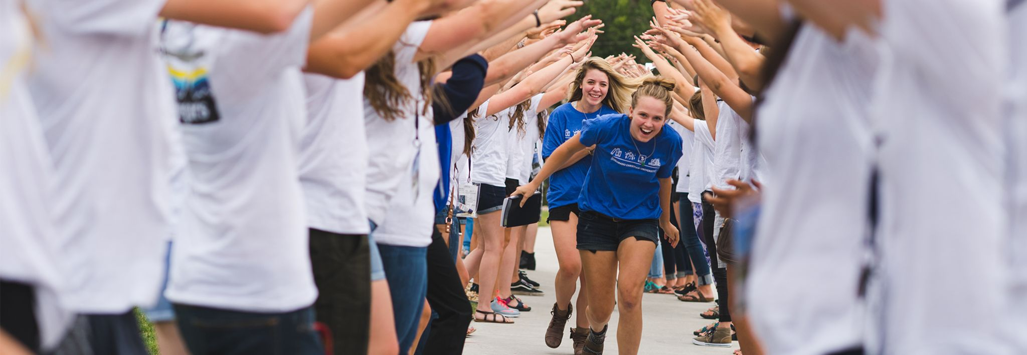 CCU students get excited on move in day.