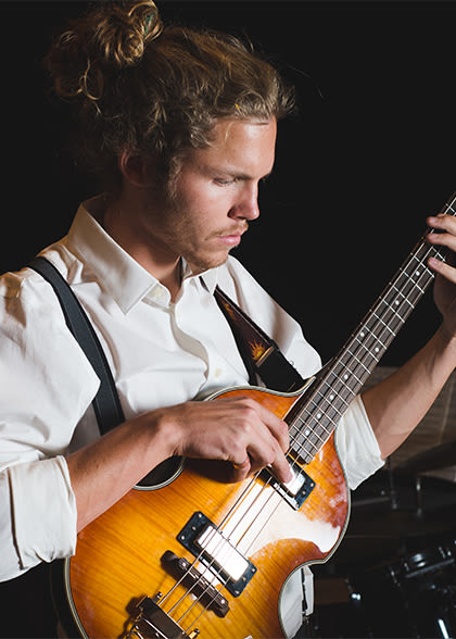 Instrumental jazz bass player