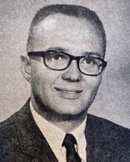 Dr. Paul O. Wright headshot