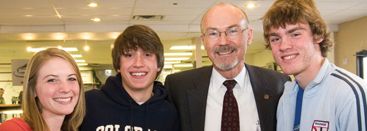 Larry Donnithorne with students