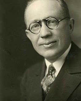 Clifton L. Fowler headshot