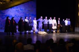 HNK iz Mostara gostovala s <em>Predstavom Hamleta u selu Mrduša Donja</em>