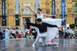<em> Balet u predvečerje </em>