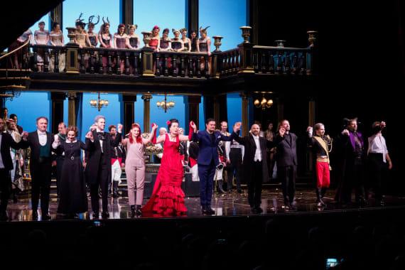 Ovacije publike nakon premijere opere <em>Žena s jezera</em> 3
