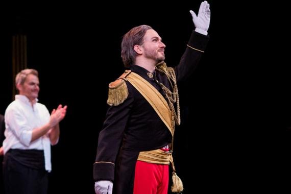 Ovacije publike nakon premijere opere <em>Žena s jezera</em> 2