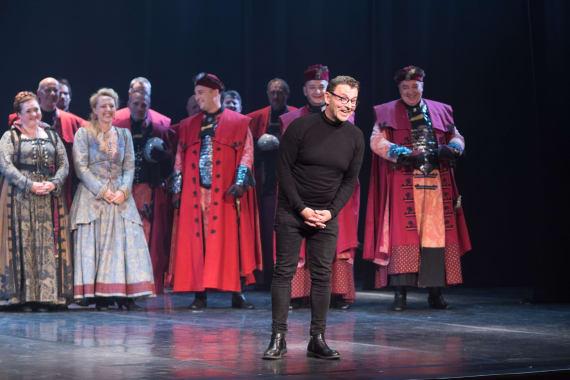 Stajaće ovacije nakon izvedbe opere <em>Nikola Šubić Zrinjski</em> 13