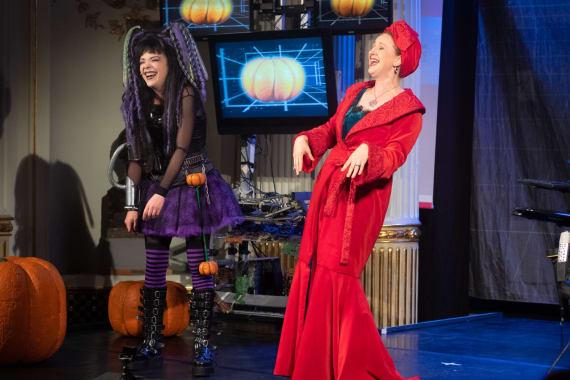 100. izvedba predstave <em>Vještica Hillary ide u operu</em> 2