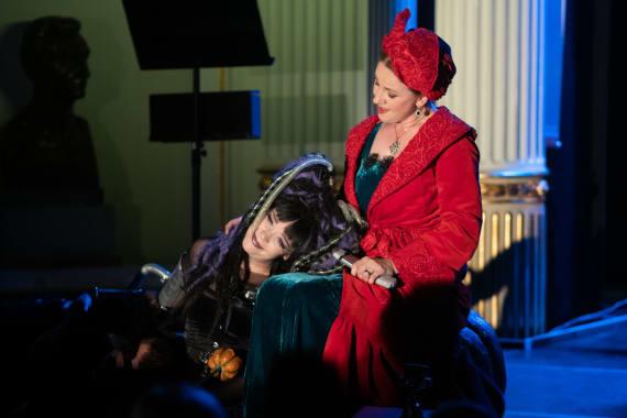 100. izvedba predstave <em>Vještica Hillary ide u operu</em> 4