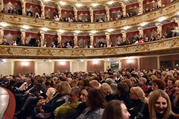 Narodno pozorište u Beogradu gostovalo s predstavom <em>Gospođa ministarka</em> 11