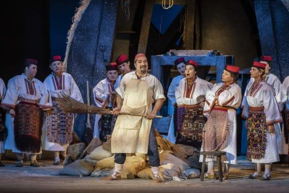 <em>Ero s onoga svijeta</em> izveden u <em>Mađarskoj državnoj operi Erkel </em> 6
