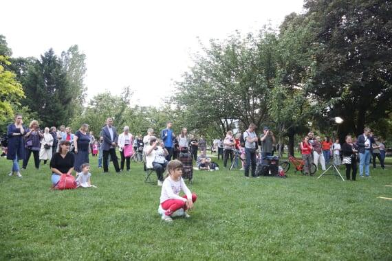Stanovnici Trešnjevke uživali u opernim arijama 7