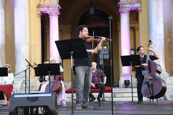 Uz <em>Europske jazz šlagere</em>  završile <em>Ljetne večeri HNK u Zagrebu</em> 6