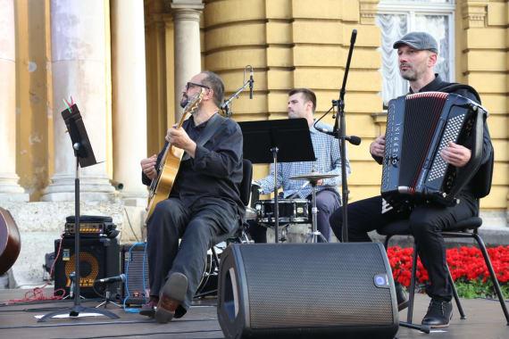 Uz <em>Europske jazz šlagere</em>  završile <em>Ljetne večeri HNK u Zagrebu</em> 2