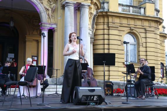 Uz <em>Europske jazz šlagere</em>  završile <em>Ljetne večeri HNK u Zagrebu</em> 4