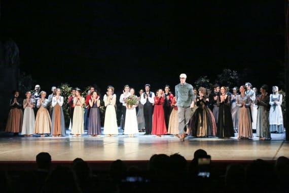 Dugotrajni aplauz oduševljene premijerne publike na praizvedbi baleta <em>Ponos i predrasude</em> 6